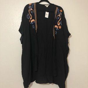 Black Kimono with floral detail *BRAND NEW*